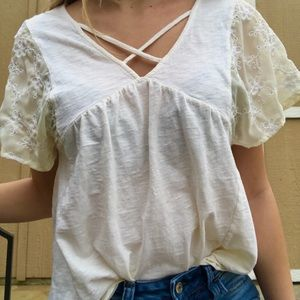 Dainty altard state blouse